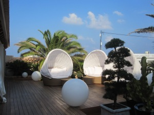 Outdoor seating at the hotel
