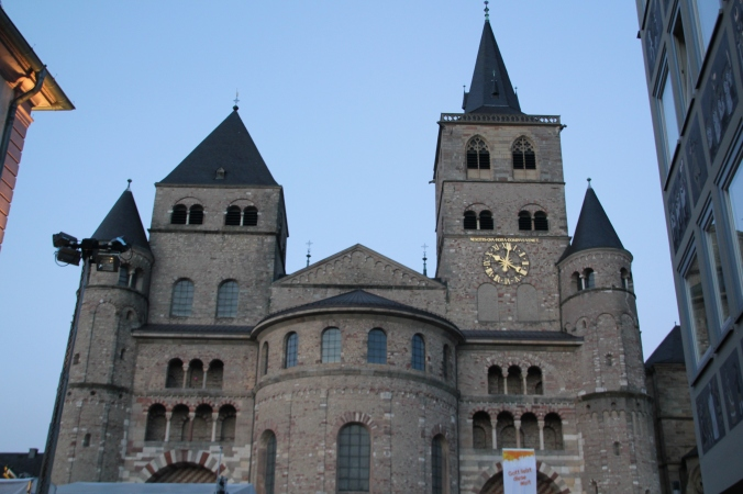 This is just a portion of a massive cathedral that we walked by on the way back to the hotel.