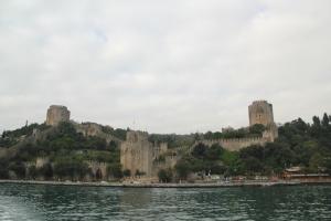Castle / fort along the Bosphorus