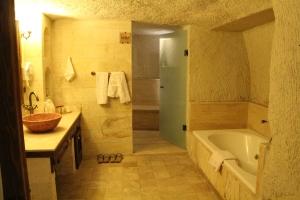 Bathroom with hamam